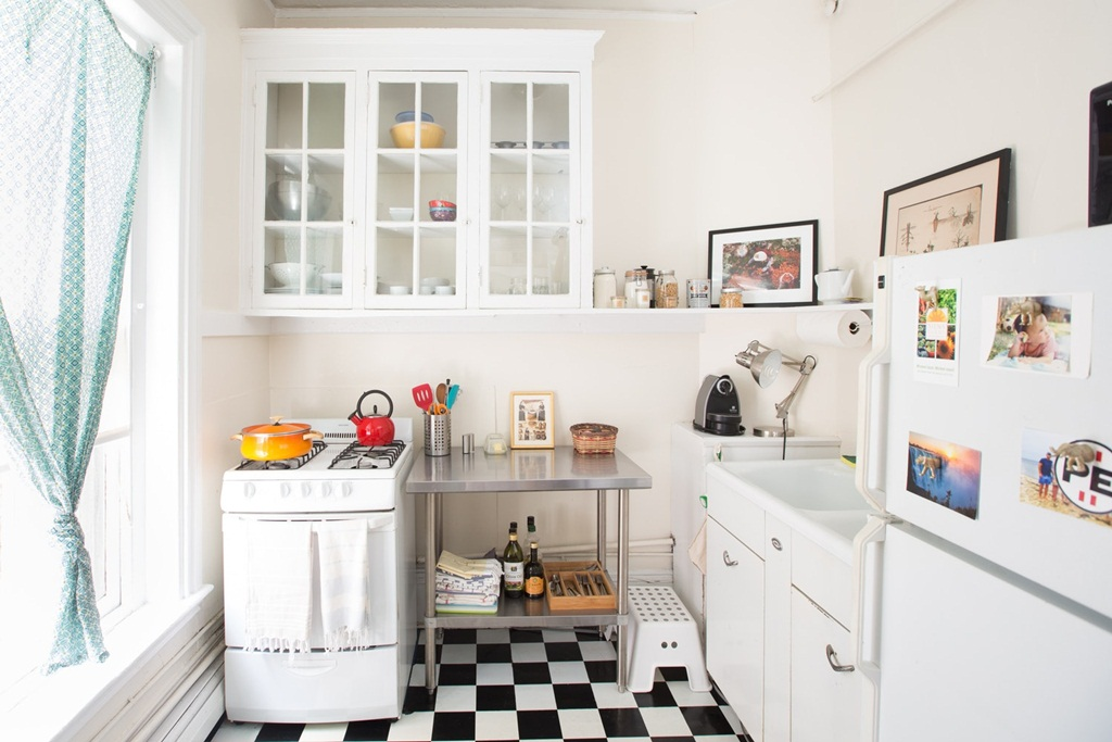 Functional Stylish Narrow Small Kitchen