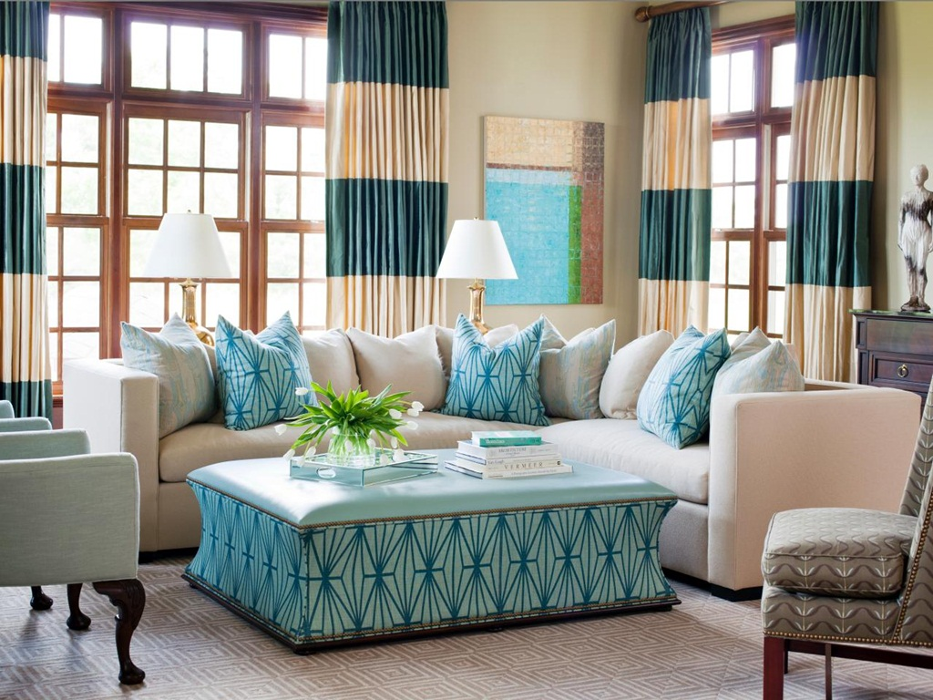 Charming Turquoise Curtain Décor